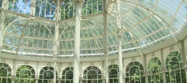 Palacio de Cristal en el Retiro, el Central Park madrileño.